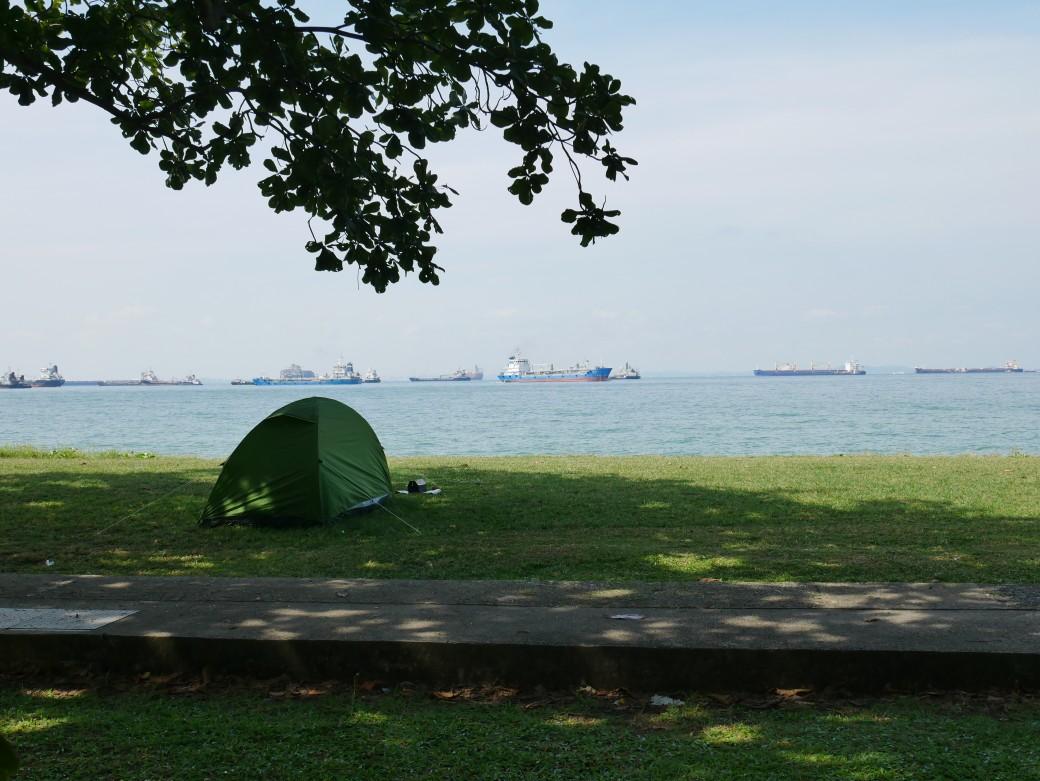 シンガポールのアウトドア事情をリサーチし隊!シンガポールのキャンプ場事情【もりふうみの徒歩キャン日記】