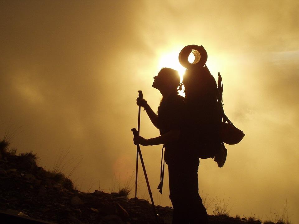 登山用アンダーウェアってどう選ぶ?おすすめウェアの機能性比較で解説!