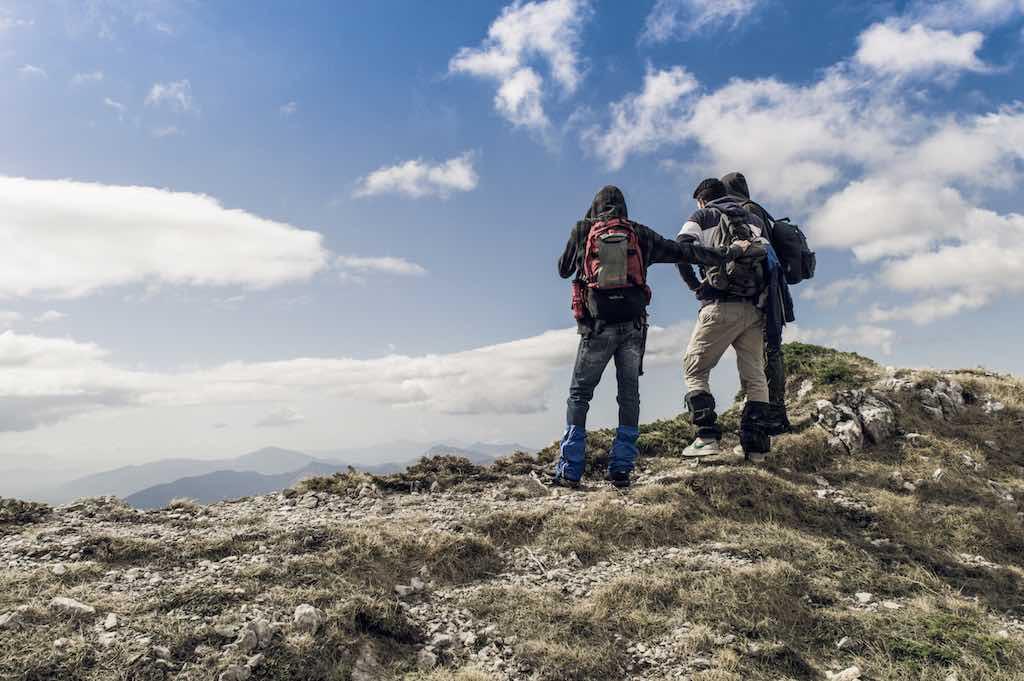 膝の痛みの対策 – 山の相談小屋