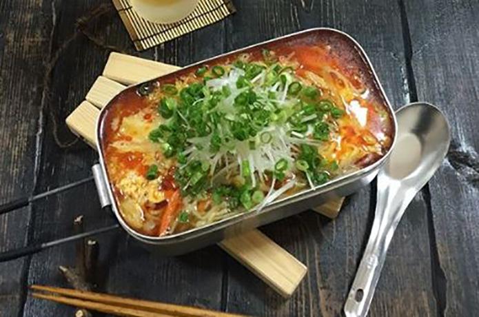 すっぱウマ~! ちょい足し調味料で本格酸辣湯麺【目指せメスティンマニア!レシピ#18】