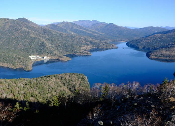 然別湖を一望!【白雲山~天望山】を巡る絶景ハイキングコース