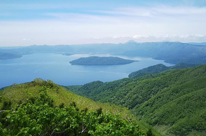 藻琴山 山頂までたった1時間!屈斜路湖を見下ろす絶景ハイキングコース