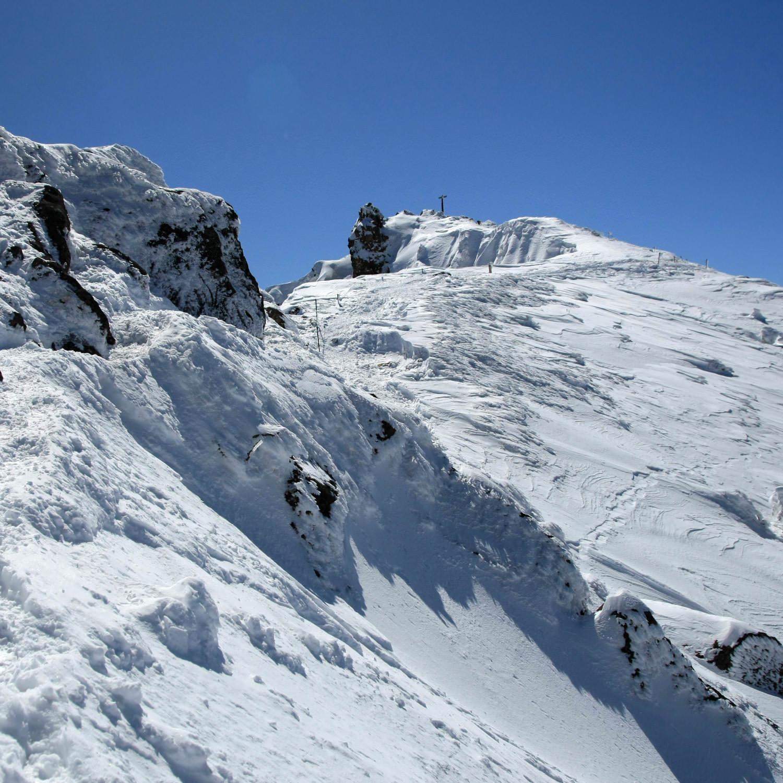 岩場と高度感と眺望と楽しめる要素満載-楽しめた登山道5選