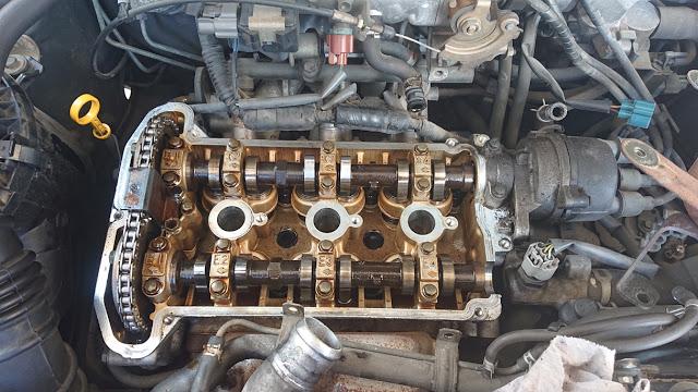 エンジンオイル交換の時期っていつ?詳しく解説します!
