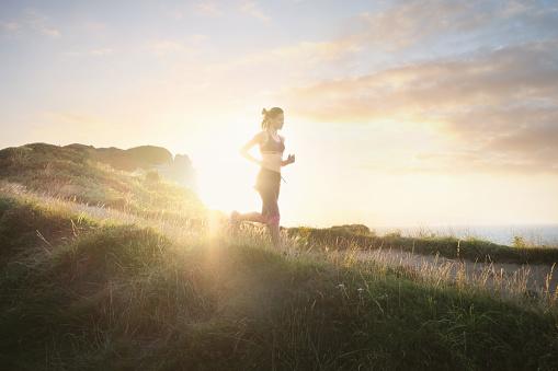 なぜ「体を動かすと健康にいい」と言われるのか。運動がもたらす4つの効果