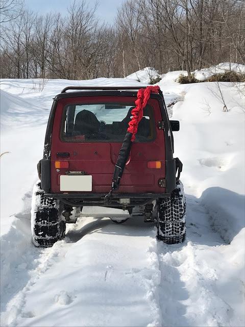 雪の中を走るために必要なタイヤやアイテムを紹介します!