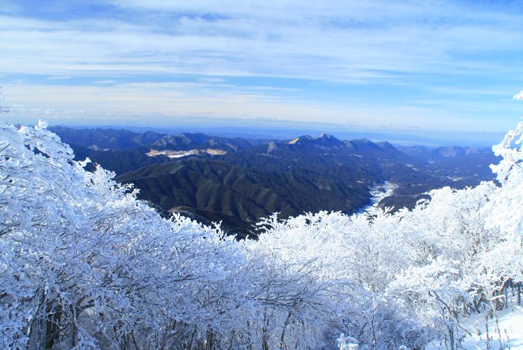 三峰山(みうねやま) 山ガールのための山歩きガイド