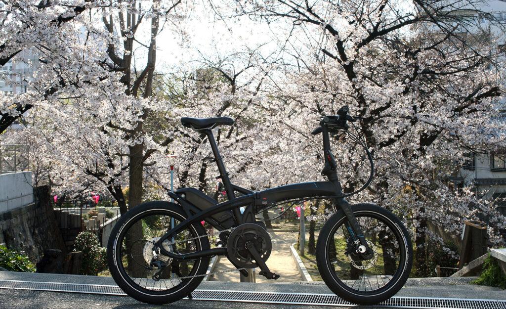 プレミアムeBikeで巡る 麗しの桜の都 大阪上町台地の花見隠れスポット