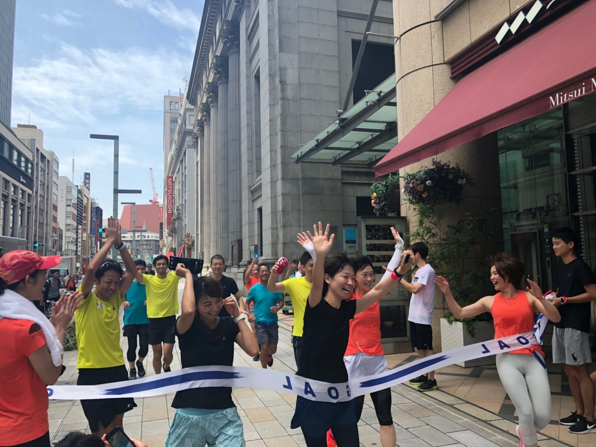 マンダリン オリエンタル 東京とアシックスジャパンが『グローバル ウェルネスデイ ランニングイベント』を 開催