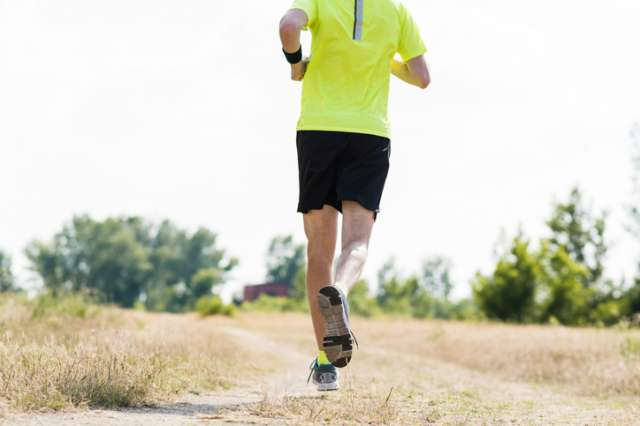 夏は走り込み!?夏のマラソン練習で実践したい工夫と注意点