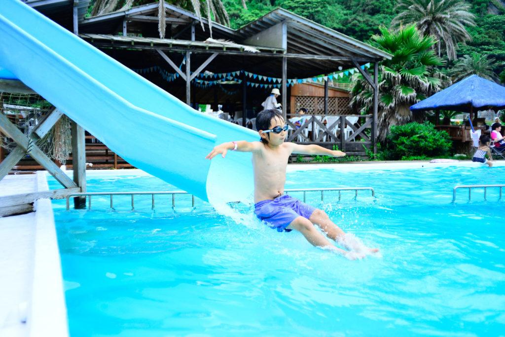 【暑い夏は気持ちイイ!】プールを備えたキャンプ場