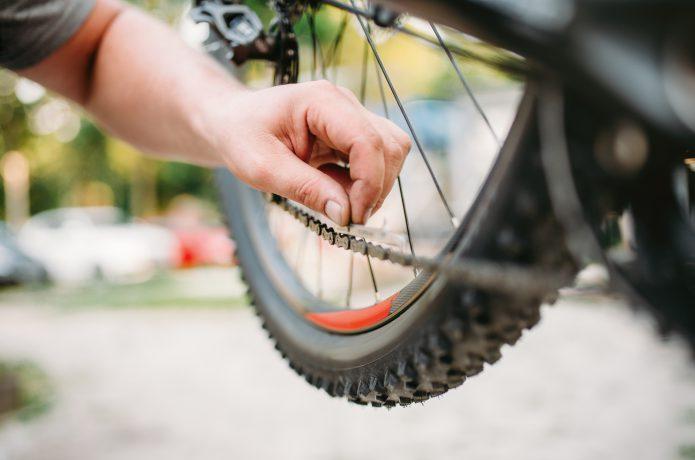 自転車の寿命をのばせ!簡単にできるチェーン洗浄方法