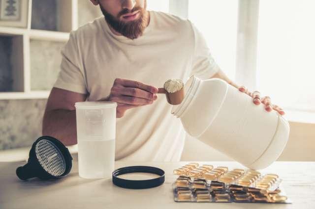 ランニング後に飲むプロテインが効果的!おすすめプロテイン10選