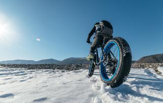 アウトドアの頼れる相棒!「ファットバイク(自転車)」の基礎知識とおすすめモデルをご紹介!
