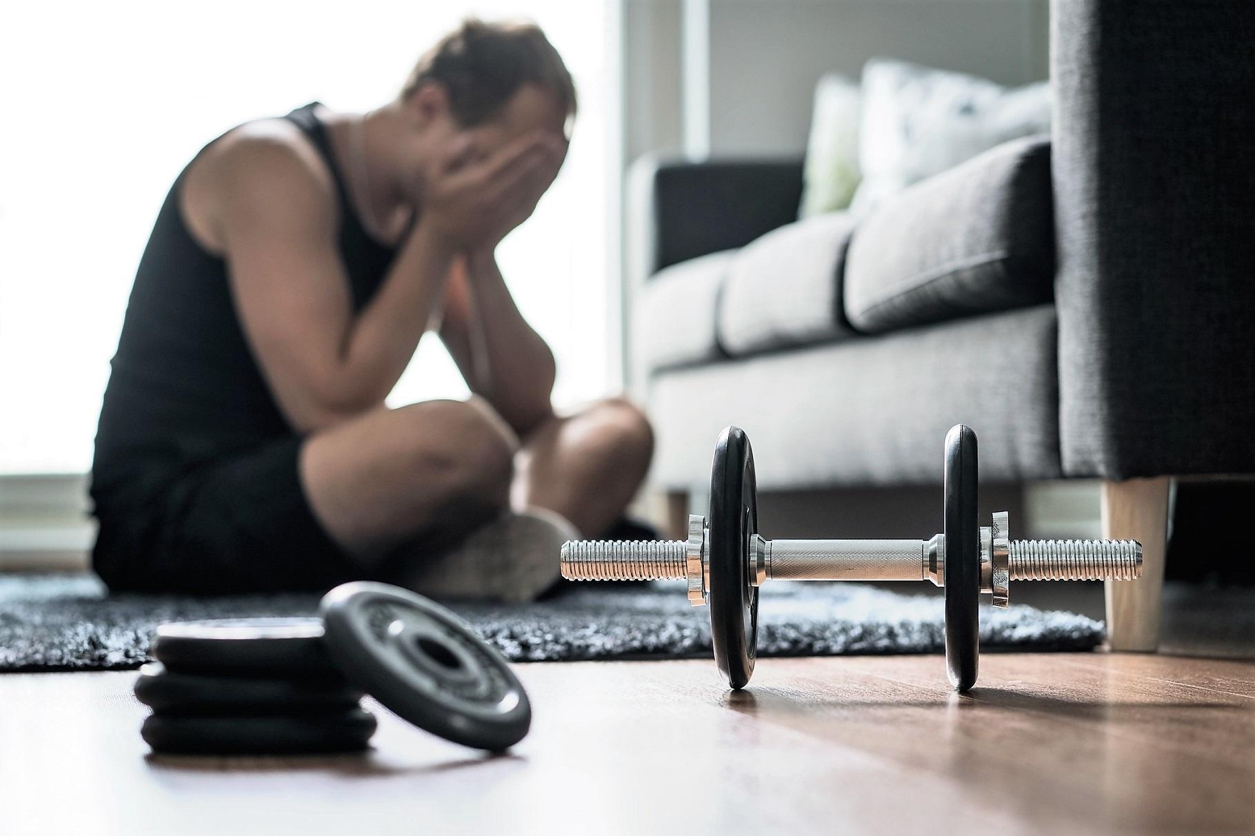 こんな症状があったら筋トレのやり過ぎ。オーバートレーニングを見分ける10のサイン