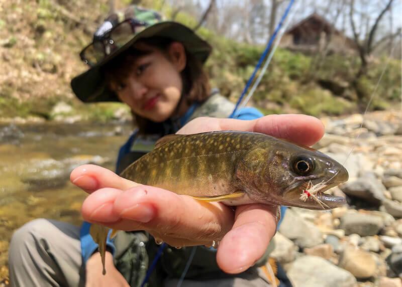 ビギナーさん必見!万全の装備で楽しむ、癒しの渓流釣り入門!!