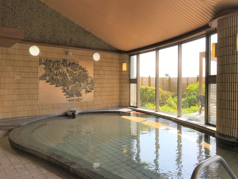 全サイト電源付き!2つの天然温泉が人気の「十二坊温泉オートキャンプ場」。【お風呂に入れるキャンプ場FILE #29】