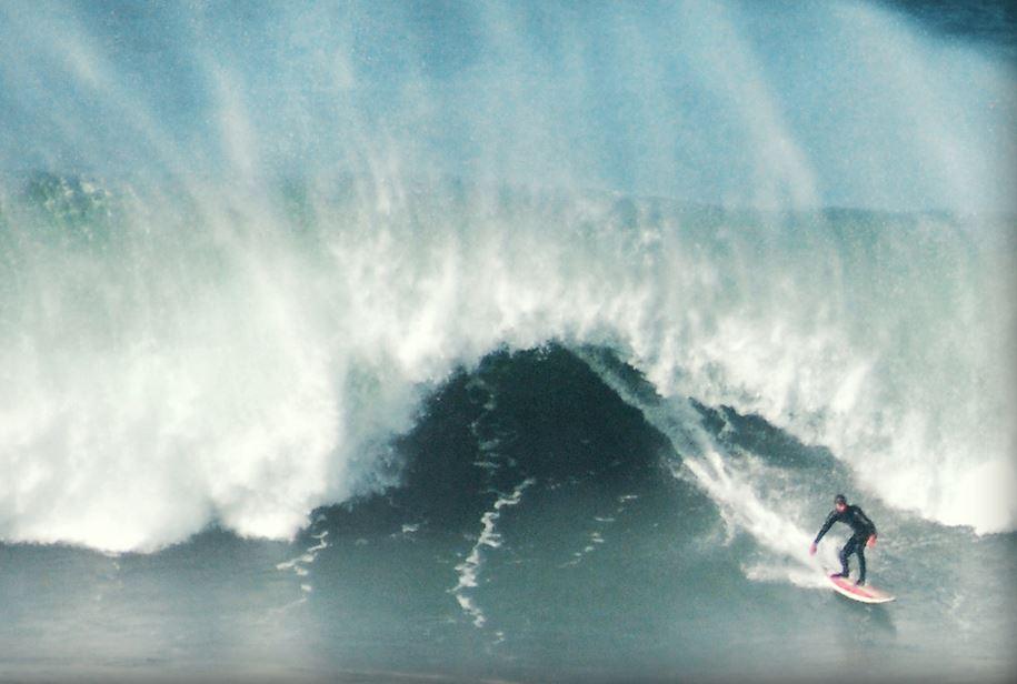 大好きなサーフィン!年中楽しんでる?