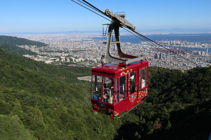 楽して山頂に行きたい!ロープウェイ・リフトが利用できる山【西日本】