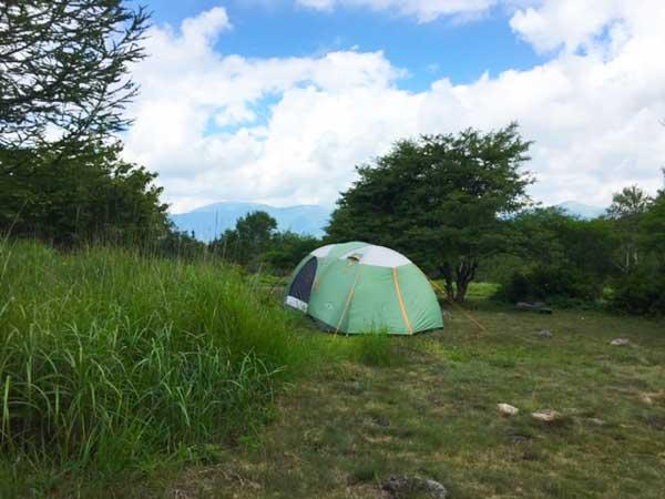 ソロキャンプ初心者必見!キャンプ場の選び方と安全なサイト6選!