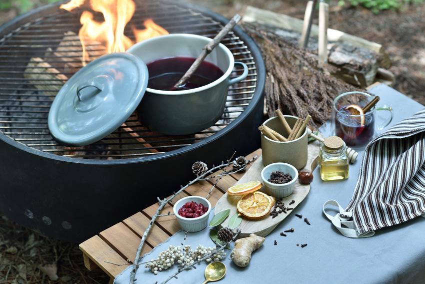 冬の森でグランピング×ワインのペアリングを楽しむ「星のや富士」のプログラム!