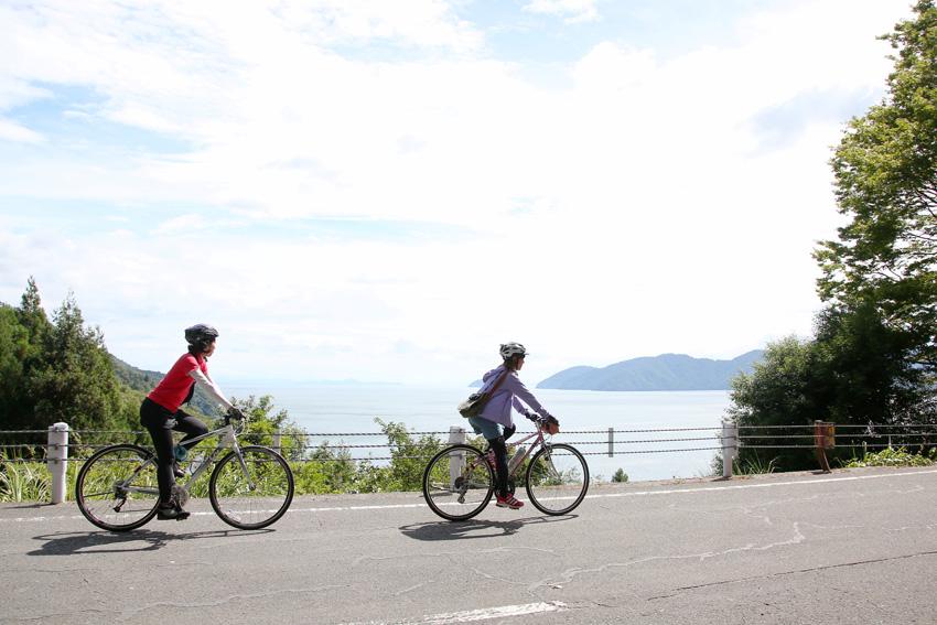 琵琶湖一周約200kmをサイクリングする「ビワイチ」ナショナルサイクルルートに指定!