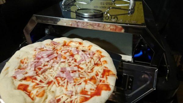 ツーバーナーで楽々キャンプdeピザを楽しめる!尾上製作所のコンパクトピザオーブンGETだぜ!