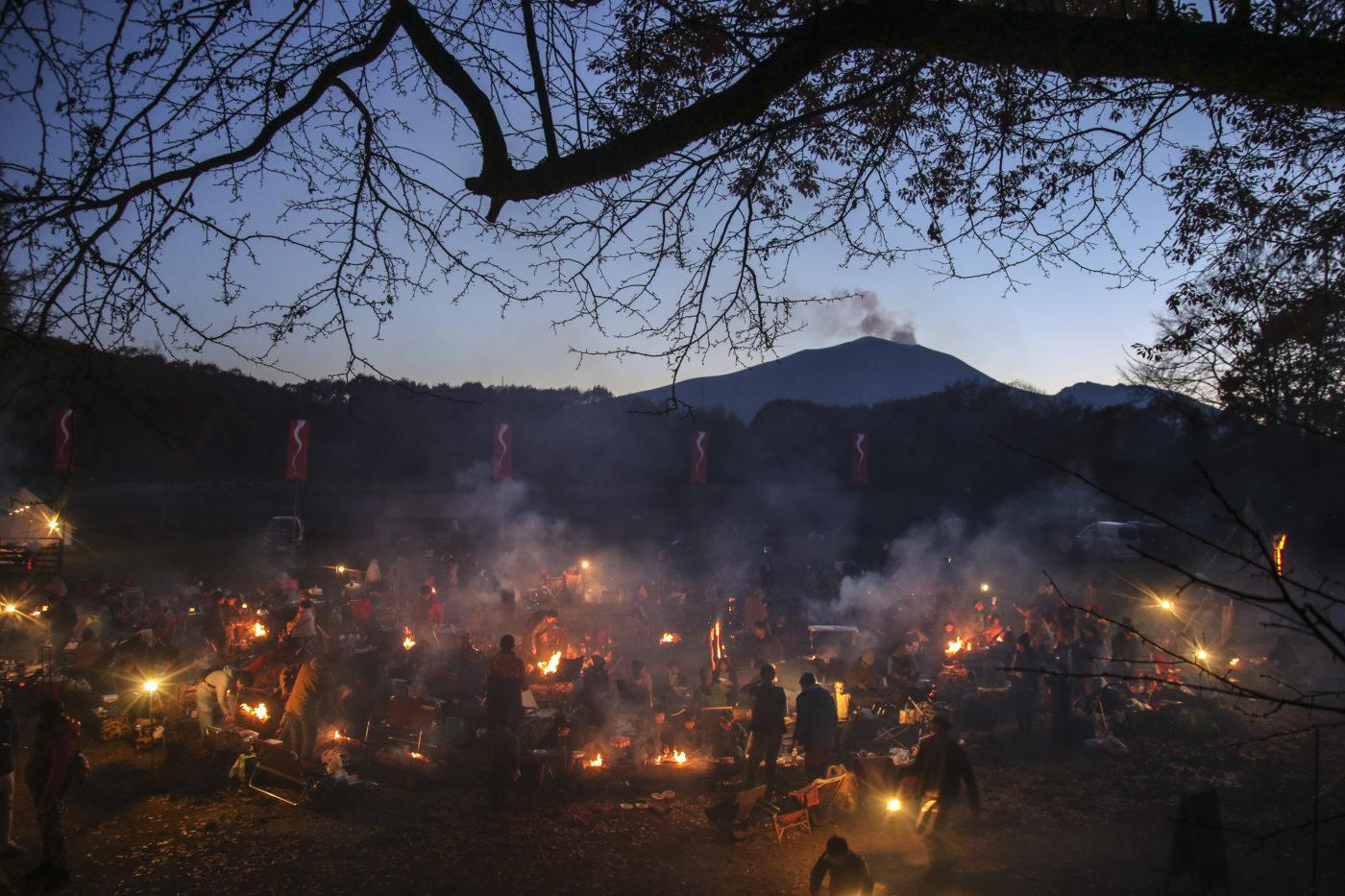 【アサマ狼煙2019】晩秋の北軽井沢スウィートグラスが焚き火の煙で包まれた!