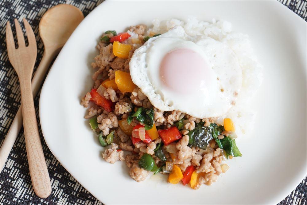 思い出を彩る山ごはんレシピ#23「12月、しっかり栄養を摂れるガパオライス」