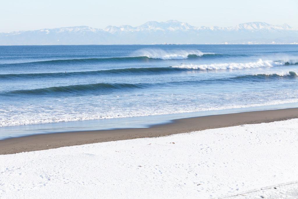とりあえず、冬って何があればサーフィン出来るの??とりあえずコレ買っておこう!冬のサーフィン持ち物編