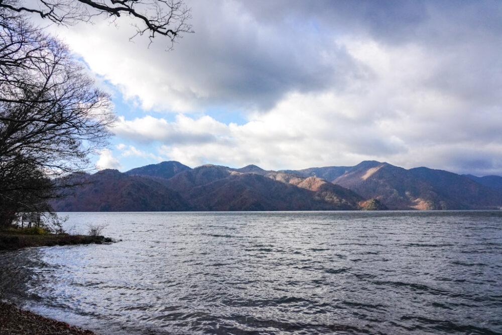 【中禅寺湖】昔は魚がいなかった!おすすめドライブコース|日本ロマンチック街道#2