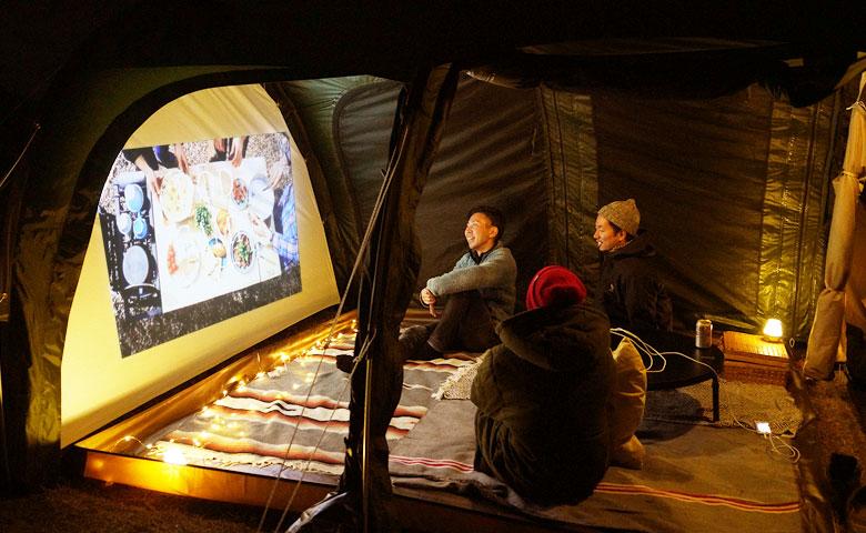 テントがシアターに早変わり!カマボコテント3はオプションパーツで遊べます。