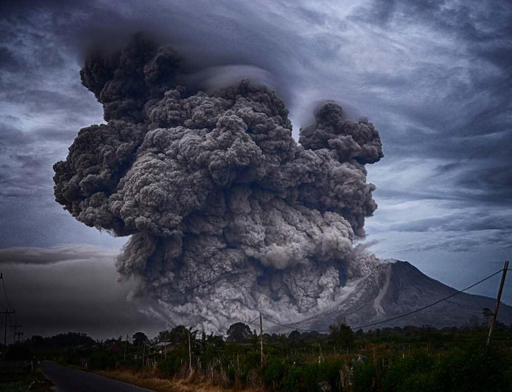 災害は忘れた頃にやってくる。火山の危険 – 岩崎元郎の山談義