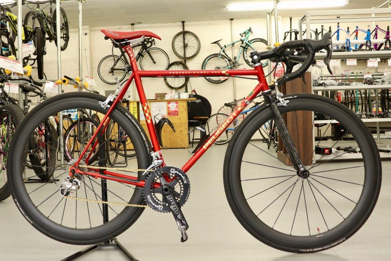 中古の5千円フレームでロードバイクを組んでみた!? バイチャリ赤い店長の自転車紹介