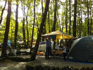 【おすすめキャンプ場66】「設楽オートキャンプ場」で川遊びや釣りを満喫!トレーラーハウスも