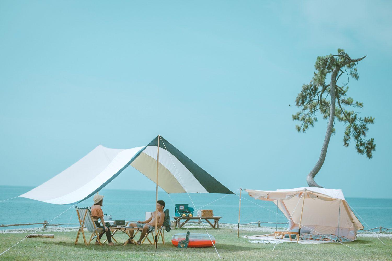 【羨ましい】オシャレにキャンプを楽しむ理想のアウトドアカップルを発見!