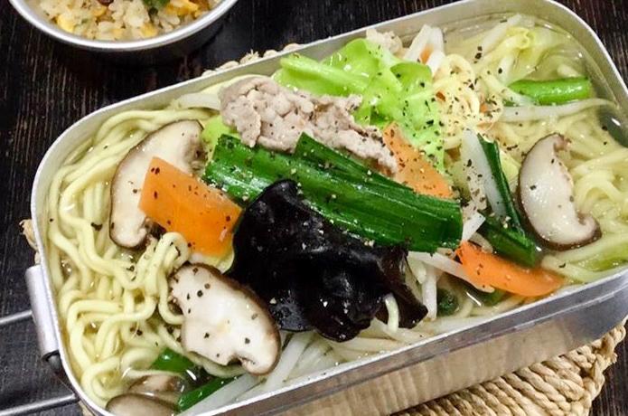 目指せメスティンマニア!@mestin_maniaの絶品レシピ#68【野菜たっぷりタンメン】