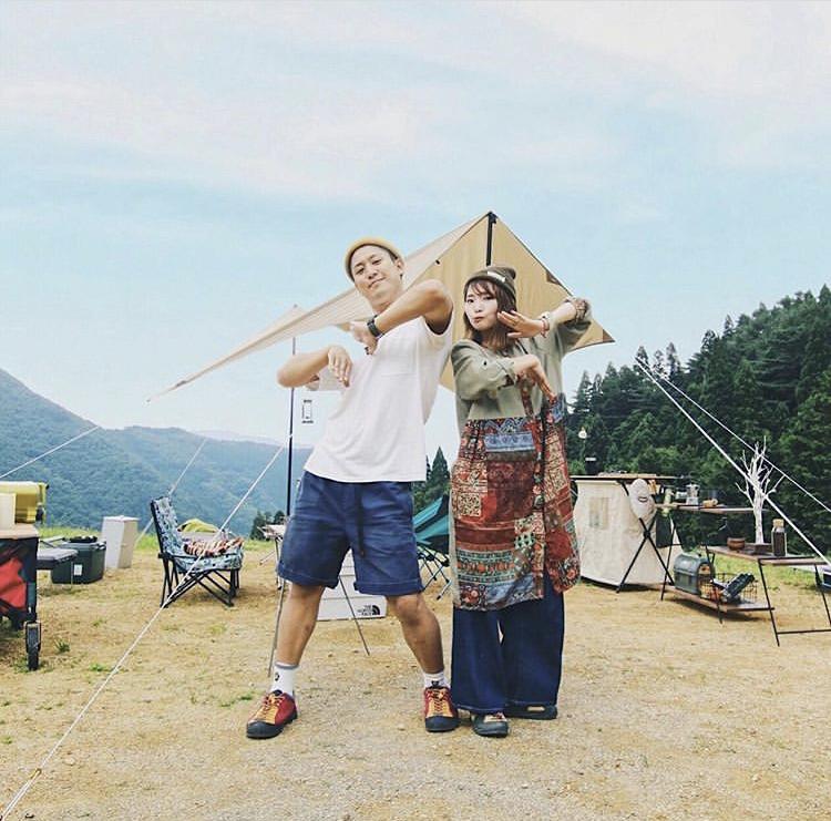 仲良し二人のキャンプでの合言葉は「愉快なキャンプスタイル」