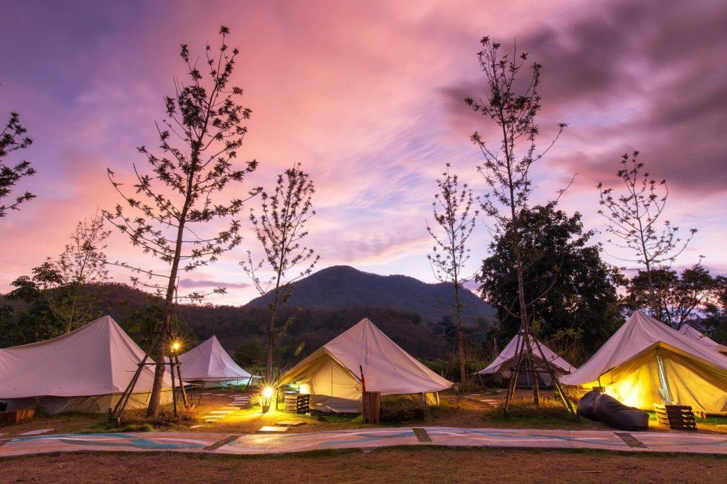 【豪華なキャンプを楽しもう】国内でおしゃれなグランピング施設43選!