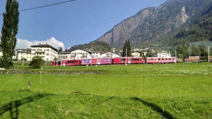 【体験記】イタリアとスイスを結ぶベルニナ急行でトレッキング旅①〜楽しみかたと注意点