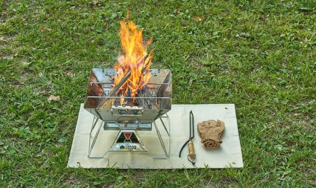 LOGOS、焚き火台の火の粉から守る耐火シート「耐火・断熱シート」シリーズ 新発売