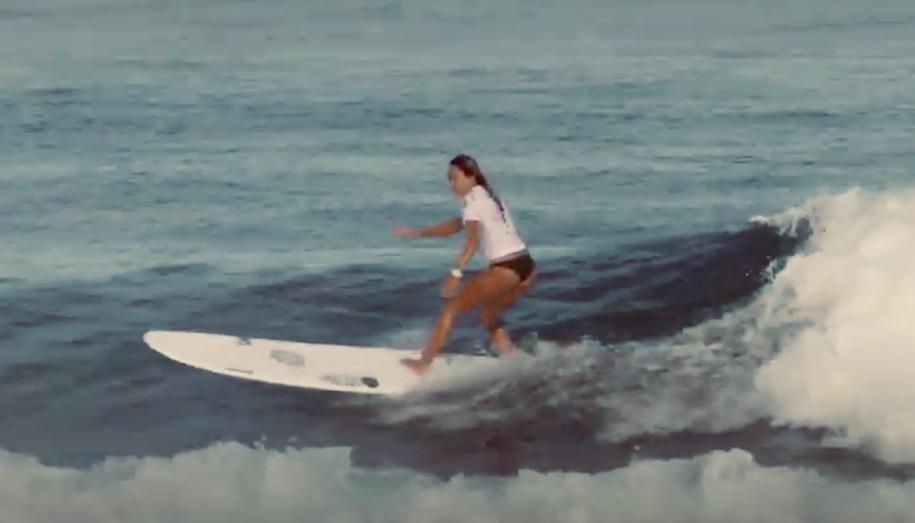 関口海璃プロの「これからサーフィンを始めたい女性へのアドバイス」