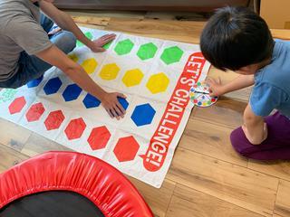 テント時間・おうち時間を楽しもう! 子供も大人も夢中になる室内遊び・ゲーム7選