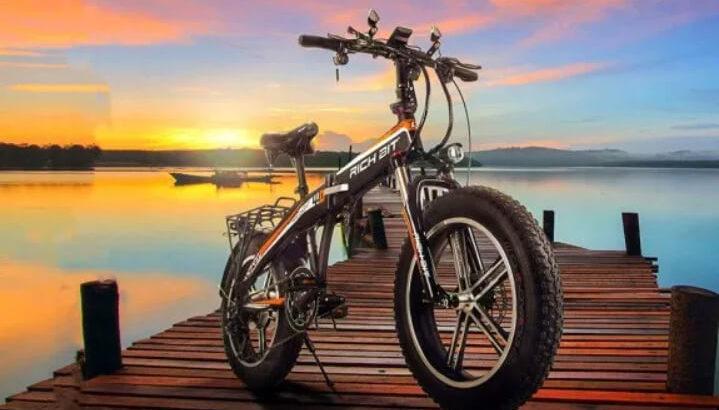小型EVバイク「近未来Smart eBike RICHBIT」で「3密」を避けて機動力抜群の走りを