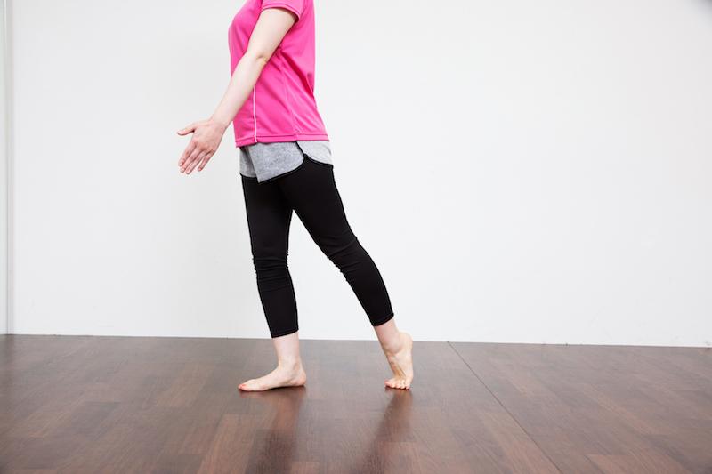 太ももとお尻を引き締めて脚全体のバランスを整える│特集:美脚を手に入れる、ウォーキングエクササイズ #4