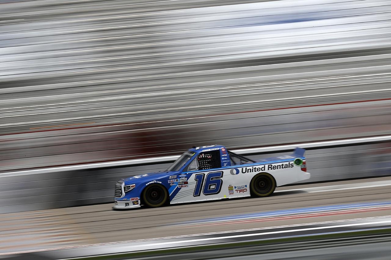 【NASCARトラックシリーズ】HRE16号車、アトランタ戦は惜しくも2位フィニッシュ