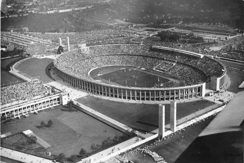 【世界のニュース】1936年にヒトラーが作ったベルリン・オリンピック競技会場をサーフィン&スケートボードを含む新たなる競技会場として改修する計画が浮上!?