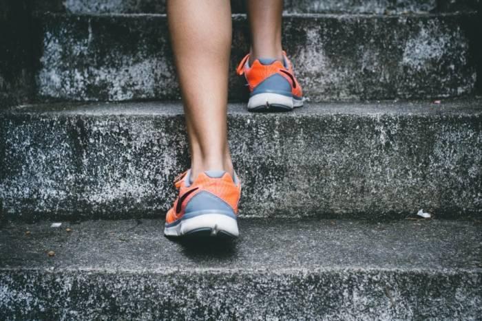 自宅でできる4分の短時間トレーニング ―タバタトレーニング―