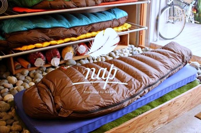 キャンプの『快眠グッズ』売れ筋ランキングTOP5!寝袋・シュラフ専門店napで調査