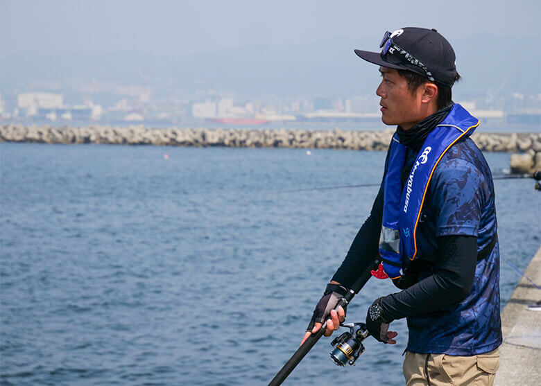 【状況別に攻略】 青物・小型回遊魚がターゲット!堤防ライトショアジギング